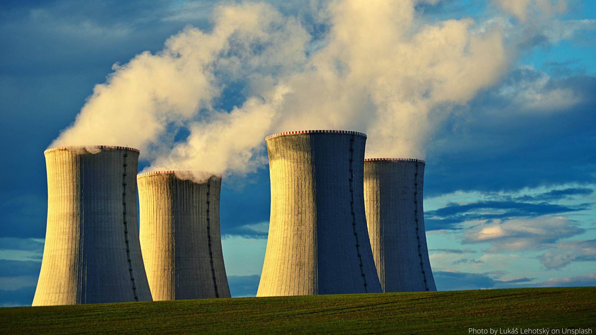 Photo by Lukáš Lehotský on Unsplash of Dukany energy plant
